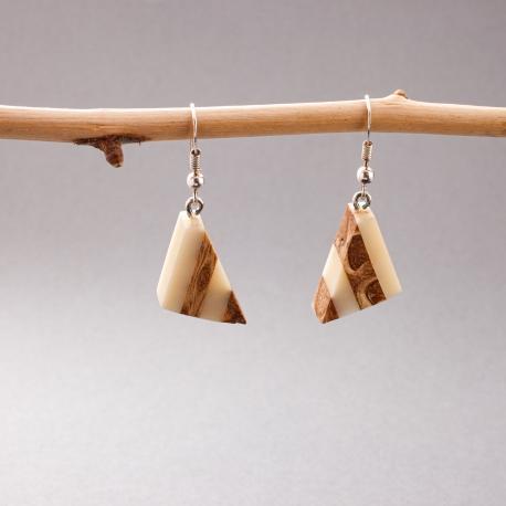 Collection POMME DE PIN en tagua, ivoire végétal - Boucles d'oreille ivoire végétal et pomme de pin Triangolo - kokobelli