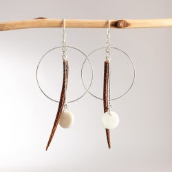 Boucles d'oreille Korea en tagua, ivoire végétal par Kokobelli