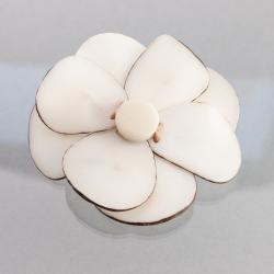 Broche Fleur blanche
