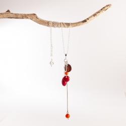 Pendentif Suzanna (couleurs) en tagua, ivoire végétal par Kokobelli